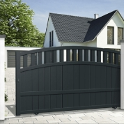 Sliding gates - mixed infill